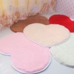 特价包邮桃心丝毛地毯卧室客厅茶几床边不掉毛地毯可爱心形地垫