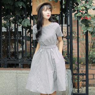 短袖格子裙子女2019新款韩版冷淡风连衣裙夏学生超仙小清新棉麻裙