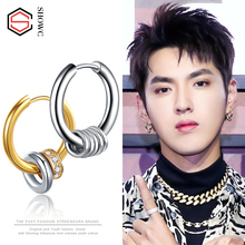 Korean version of earrings, men's character, stud, female creativity, single simple black temperament ear ring hip-hop joint ear buckle.