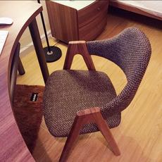 全实木椅子软包创意布艺单人靠背电脑椅家用小办公椅北欧餐椅特价