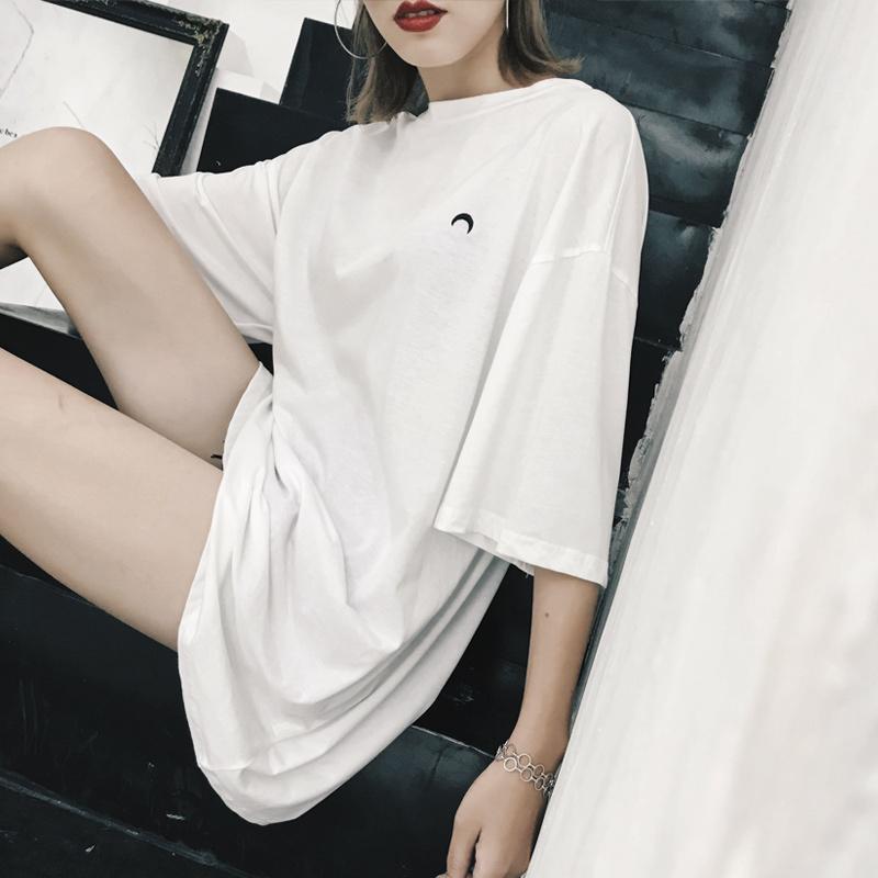 白色中长款宽松大t恤女夏短袖2018新款BF风网红同款下身失踪上衣图片