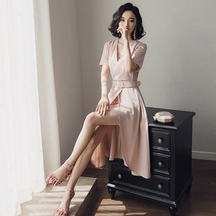 名媛小香冷淡风连衣裙女夏极简2018新款气质v领港味ol中长款裙子