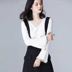 2017 时髦腔调下摆花边设计 V领修身长袖女装套头针织衫