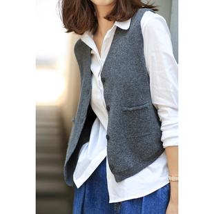 快乐家 高阶简约造型 复古温暖羊绒针织 V领短款单排扣马甲女装