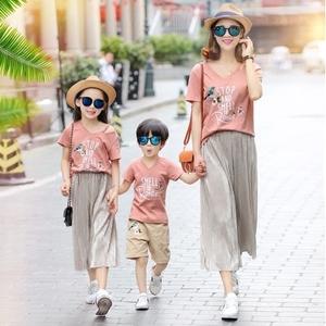 2018新款亲子装夏装母子短袖一家三口四口全家装套装母女装潮春装亲子装