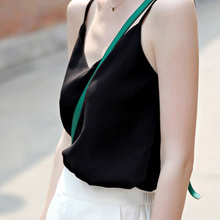 夏V领宽松大码雪纺吊带背心女打底显瘦短款外穿上衣内搭小吊带衫