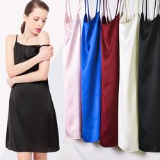 2018夏新款 黑色中长款 肩带可调节性感吊带裙女打底内搭衬裙可外穿