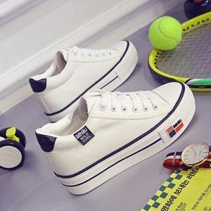 秋冬季韩版厚底白色帆布鞋女松糕跟内增高女鞋学生板鞋小白鞋子潮手绘帆布鞋