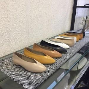 春夏季奶奶鞋女真<span class=H>软皮</span>圆头浅口复古平底<span class=H>内增高</span>孕妇芭蕾舞女巫单鞋