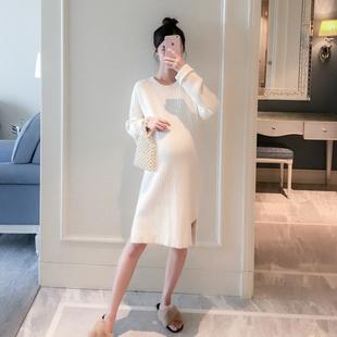 孕妇秋季新款怀孕期大码宽松毛衣女时尚款圆领纯色打底上衣秋冬装