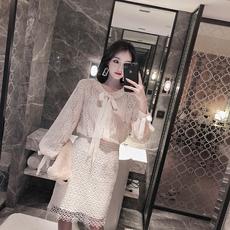 水溶蕾丝套装女2018秋冬新款名媛蝴蝶结衬衫包臀裙两件套仙女套装