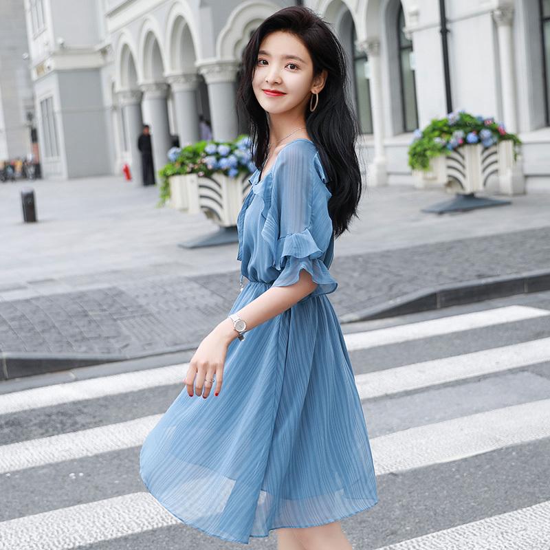 雪纺连衣裙女夏2018新款温柔裙超仙少女小个子收腰ins超火的裙子图片