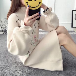 2017冬季加厚半高领打底毛衣裙女韩版潮刺绣绣花套头中长款泡泡袖