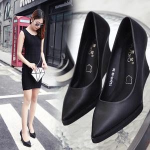 2018时尚夏真皮休闲中跟坡跟单鞋尖头高跟职业女鞋浅口黑色工作鞋