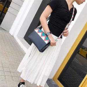 锯齿小方包女 斜跨2017新款时尚简约大气撞色拼接定型宽肩带包包