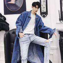 Spring knee-length jeans windbreaker men's loose, thin, handsome jeans jacket chic fashionable overcoat trend