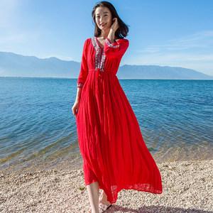 沙滩裙女夏长款海边度假泰国大码胖mm红色民族风刺绣复古<span class=H>连衣裙</span>