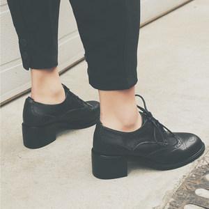 DSORIN新款缩影 复古中粗跟单鞋女2019春季布洛克雕花系带小<span class=H>皮鞋</span>