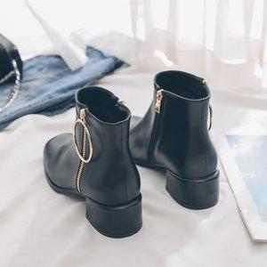 加绒中跟短<span class=H>靴</span>女马丁<span class=H>靴</span>粗跟英伦风女<span class=H>靴</span>冬季保暖黑色方头裸<span class=H>靴</span>及踝<span class=H>靴</span>