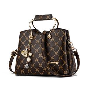袋鼠女士包包2018新款印花女包真皮单肩包韩版时尚百搭斜挎手提包
