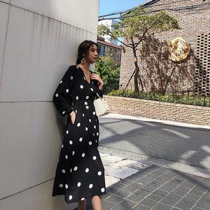 2019新款春秋季黑色波点连衣裙女秋装复古长袖收腰长裙打底裙<span class=H>裙子</span>