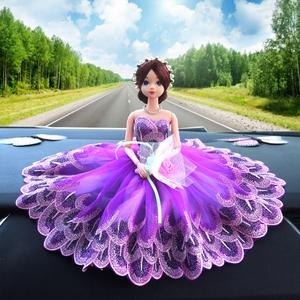 汽车<span class=H>摆件</span>公主车内饰品女士时尚可爱创意高档漂亮装饰车载婚纱娃娃