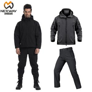 户外鲨鱼皮软壳<span class=H>冲锋衣裤</span>套装男冬季加绒加厚保暖两件套战术登山服
