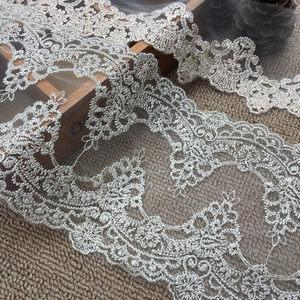 新品复古全金线双边网底刺绣花边衣服发饰蝴蝶结装饰蕾丝花边辅料