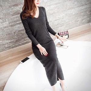 春秋中长款毛衣裙过膝女长袖黑色套头打底针织衫紧身包臀女士线衣