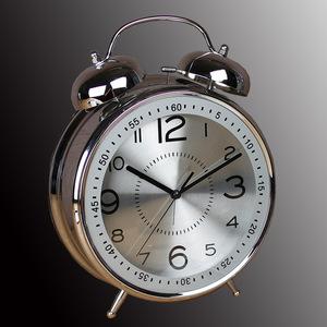 铃声大<span class=H>闹钟</span>大号8寸4寸创意家用复古怀旧金属机械打铃客厅<span class=H>台钟</span>座钟