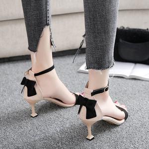 猫跟高跟鞋女18夏新款少女拼色性感露趾中跟小清新公主一字扣<span class=H>凉鞋</span>