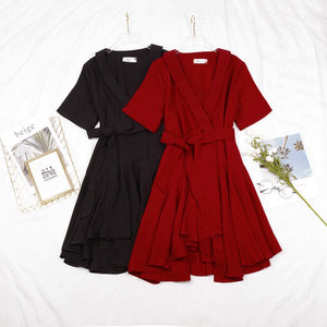 夏季新款韩版复古纯色气质V领一片式绑带收腰显瘦不规则<span class=H>连衣裙</span>
