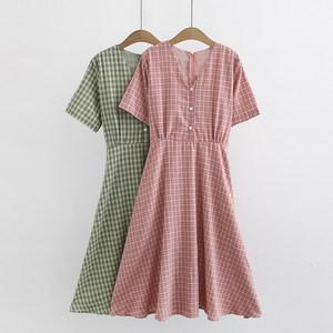 新款加肥加大码胖mm夏韩版女装宽松显瘦百搭短袖格子中长款连衣裙