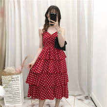 New fashionable skirt, retro wave-point cake skirt, sling skirt, fairy French mini-dress trend in 2019