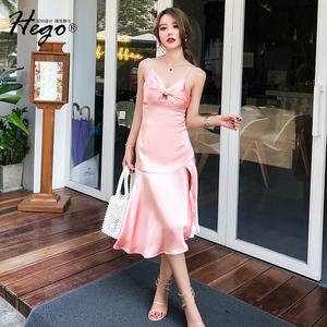 Hego2018夏季新款女装欧美气质性感吊带荷叶开叉裙摆露背连衣裙潮
