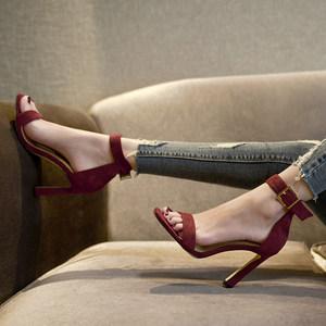 高跟一字带<span class=H>凉鞋</span>女夏2018新款脚环<span class=H>绑带</span>纯色性感露趾方头马蹄跟女鞋