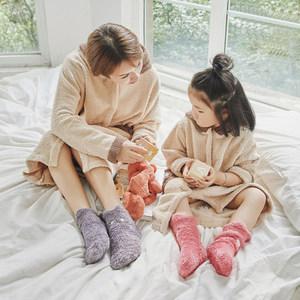 韩系加厚保暖亲子袜卡通动物珊瑚绒地板袜秋冬毛绒女儿童居家<span class=H>袜子</span>