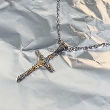 American Street hip-hop rap style Christ Jesus Cross Necklace retro Gothic style men and women short necklace jewelry