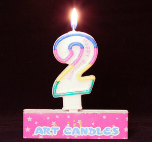 <span class=H>生日</span>快樂<span class=H>蠟燭</span> <span class=H>生日</span>派對布置用品裝飾品周歲兒童 大號<span class=H>彩色</span>數字<span class=H>蠟燭</span>