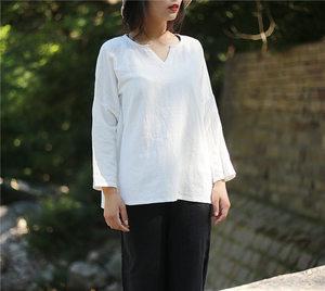 原创白搭纯色棉麻长袖T恤女宽松V领短款打底衫上衣民族风套头衬衫