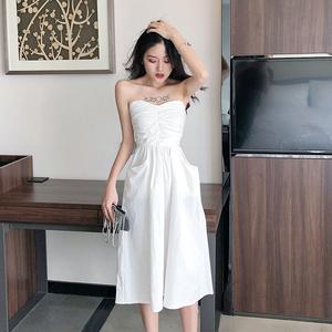 2019夏装新款小心机设计感口袋时尚抹胸中长裙女装性感纯色连衣裙