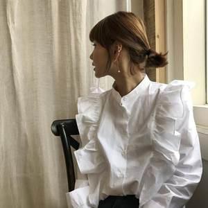 韩国东大门秋季超仙宫廷复古少女褶皱木耳边长袖<span class=H>衬衫</span>女娃娃衫上衣