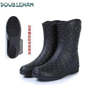DOUBLEHAN <span class=H>雨鞋</span>女中高筒秋冬加绵保暖时尚轻便舒适<span class=H>雨鞋</span>水鞋<span class=H>橡胶</span>鞋