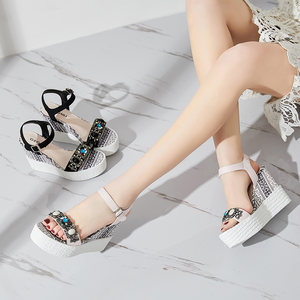 2018新款水钻仙女<span class=H>凉鞋</span>女夏天坡跟高跟厚底松糕内增高chic复古女鞋