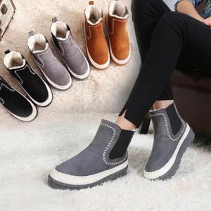 加绒雪地靴<span class=H>女</span>秋冬季新款韩版短筒<span class=H>靴子</span>马丁靴百搭保暖学生棉鞋短靴