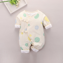 New-born baby's jumpsuit, spring and autumn cotton thin cotton baby's full moon clothes, monk's winter warm outdoor spring clothes