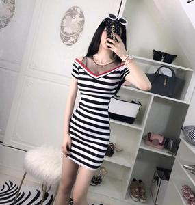 网络yy主播 服装上镜 直播美女衣服夜店性感假两件拼色条纹连衣裙