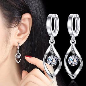 买一送一 新款百搭扭转耳环超闪水晶锆石大耳圈耳饰会动的耳坠女