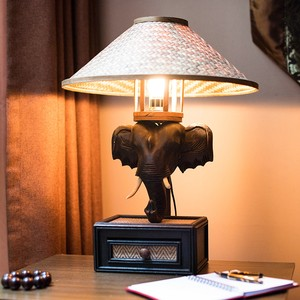 泰国进口大象<span class=H>台灯</span>东南亚风格灯创意可调光客厅装饰<span class=H>台灯</span>卧室床头灯