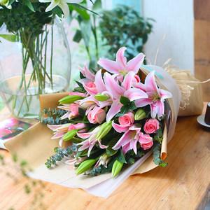 石家庄花店同城鲜花配送生日玫瑰百合花束青岛长春太原大连送花